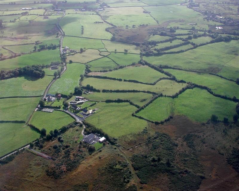 Snart lander vi på Ennis med Braathen Safe!.  Ikke langt fra Galway.